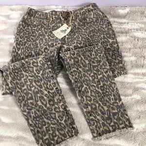 NWT EASEL Leopard print skinny jeans medium